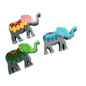 Elefanter i tre - tre ulike_minus rød