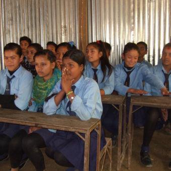 Nepal - skolejenter