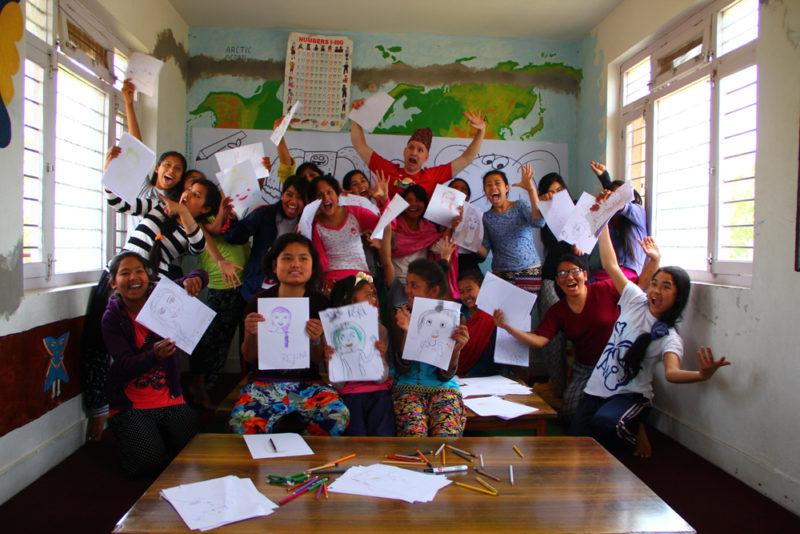 12 - tegnekurs på Balika Peace Home 1000
