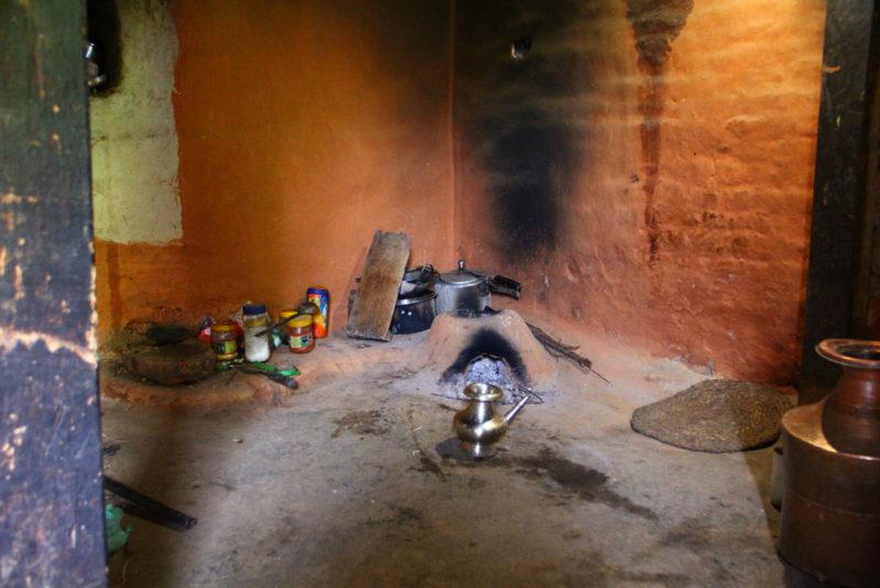 6 - Kjøkkenet hjemme hos Nischal 1000