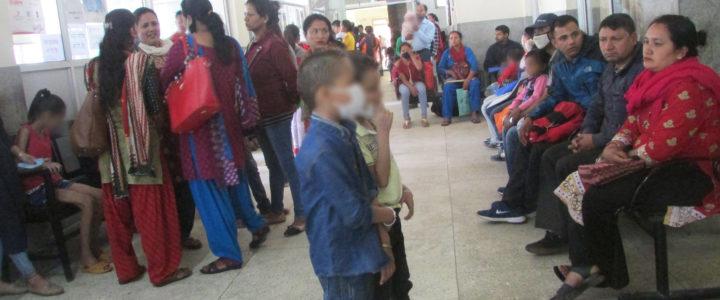 Bli med på jobben til Nepals eneste barnepsykiater
