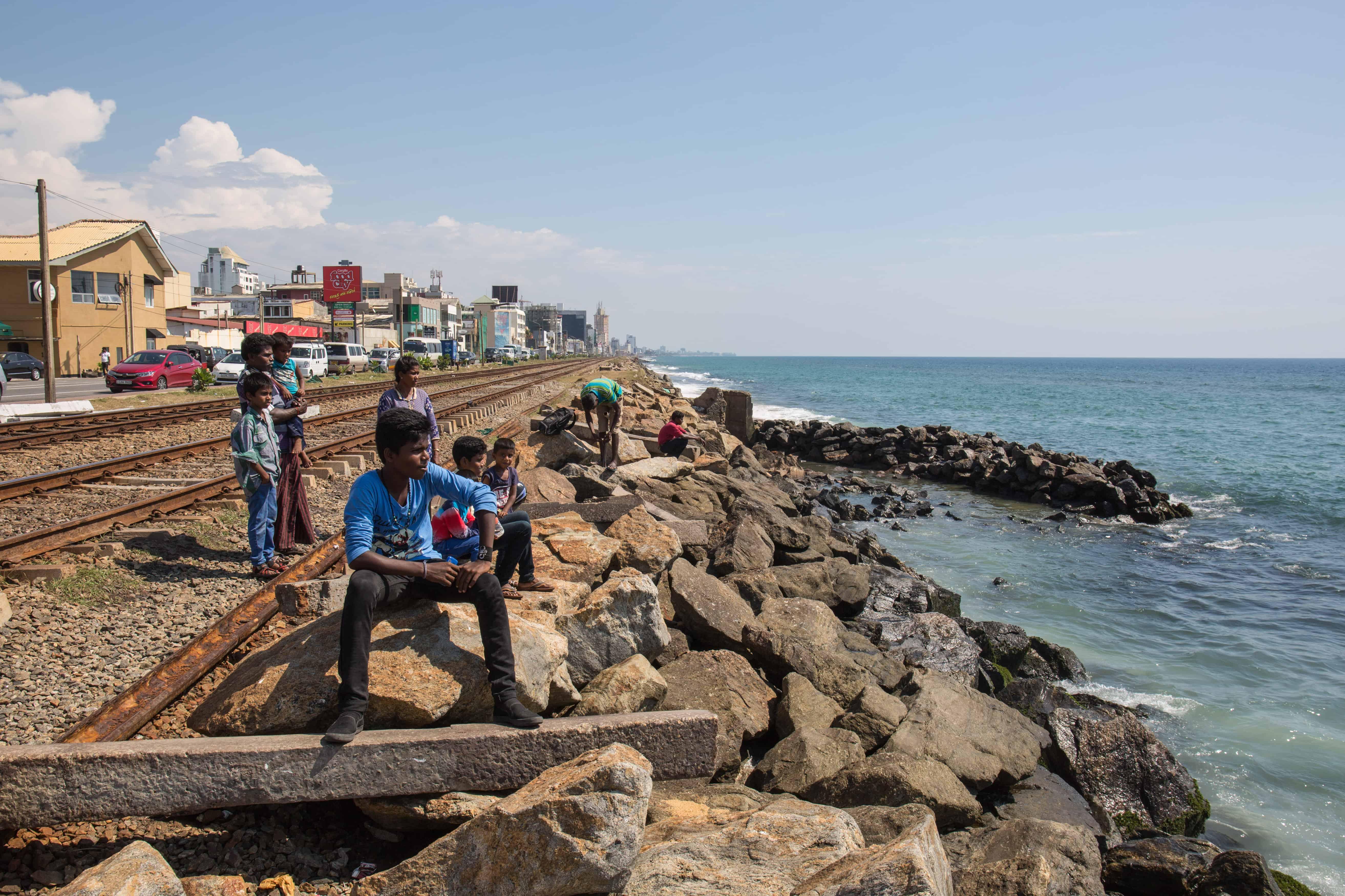 Byen Colombo ligger ved havet.